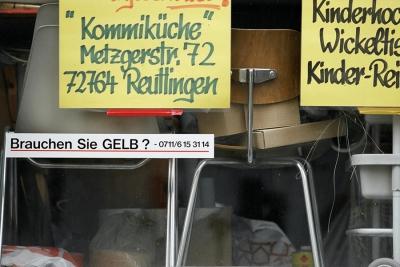 Beate Baumgärtner, Brauchen Sie Gelb?, Kunstaktion