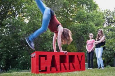 Baumgärtner, Carry That Weight, Installation